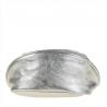 Lekka skórzana listonoszka z szerokim paskiem srebrna