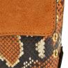 Modna skórzana listonoszka z łańcuszkiem wizytowa camel wzór wężowej skóry