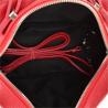 Elegancka torebka listonoszka kuferek czerwona z ćwiekami