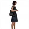 Skórzana torba na ramię czarna z ćwiekami